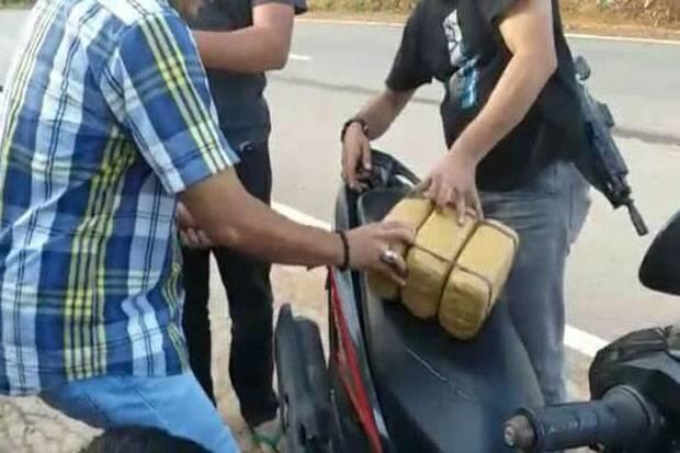 Bawa Ganja 3 Kg, Polisi Bekuk Residivis di Tengah Jalan