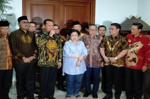 Ketua MPR Minta Jaringan Pelaku Penusukan Wiranto Dibongkar