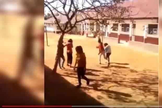Satu Keluarga Persekusi Tiga Remaja di Kabupaten Muna