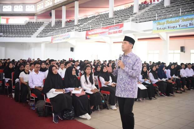 Kuliah Umum Unja, Wali Kota Fasha Berikan Kiat Jadi Pemimpin Masa Depan