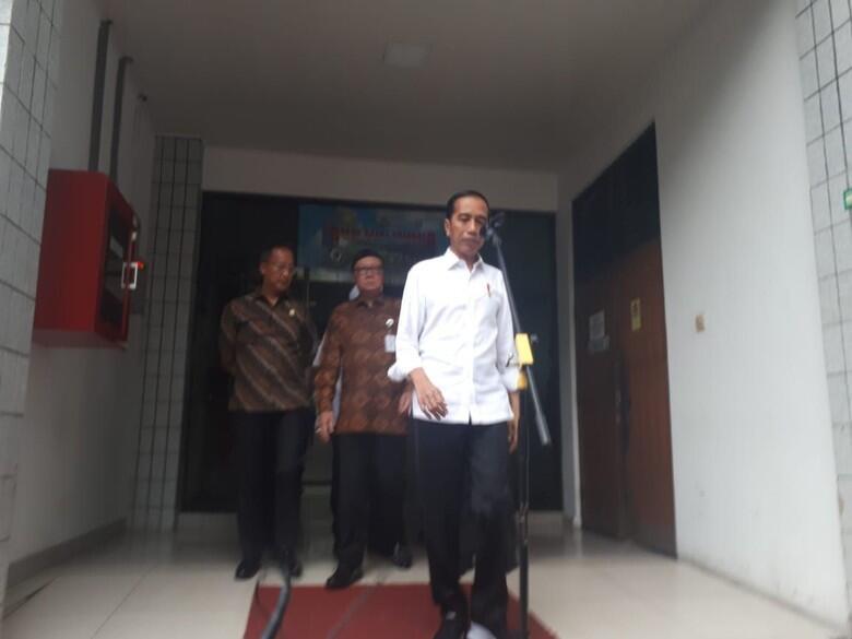 Jokowi Sebut Wiranto Ditusuk Teroris