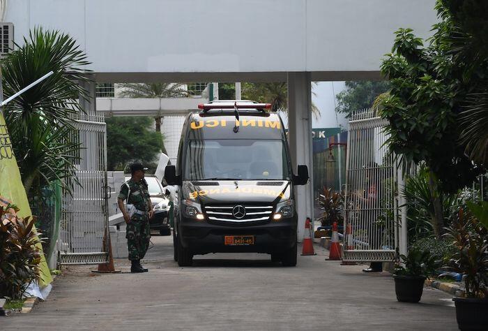 Jokowi perintahkan pemburuan jaringan penusuk Wiranto