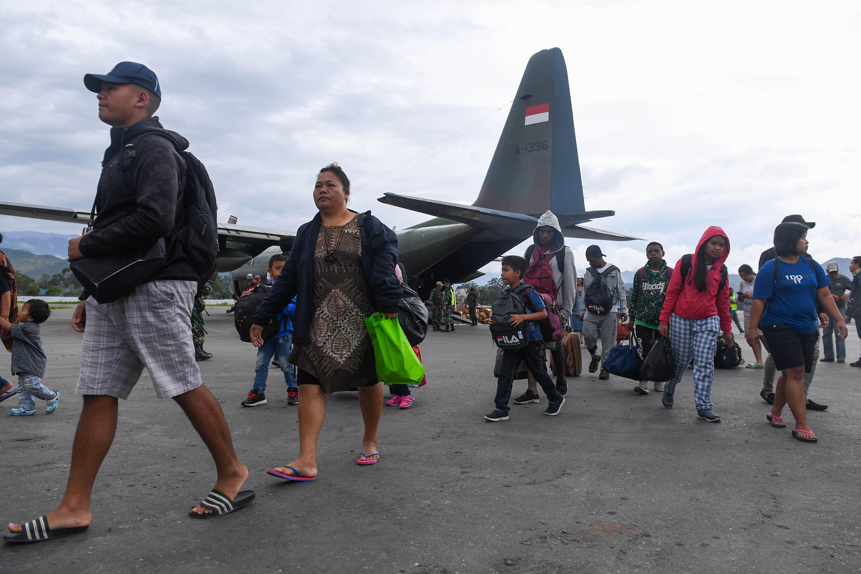 Lepas 106 Pengungsi Kembali ke Wamena, Wiranto: Tanda Situasi Sudah Kondusif