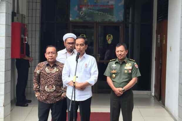 Dua Kali Jenguk Wiranto, Jokowi Pastikan Kondisi Menko Polhukam Stabil