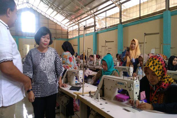 Kembangkan Produk Tekstil, Kemenperin Sertifikasi 500 Penjahit