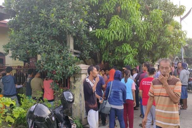 Polisi Datangi Rumah Kakak Ipar Pelaku Penusukan Wiranto