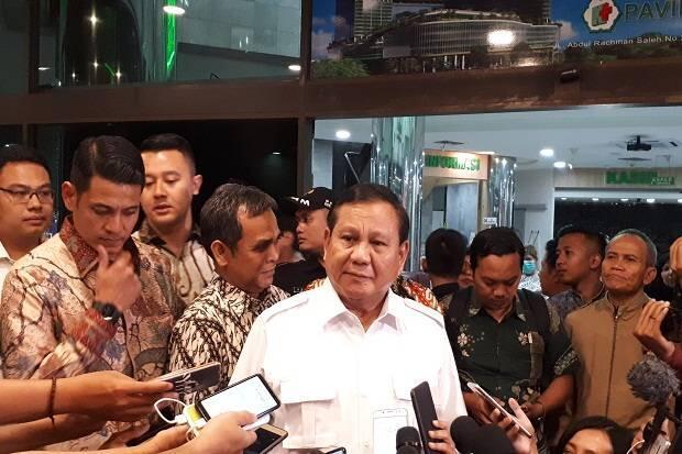 Jenguk Wiranto, Prabowo: Beliau Senior Saya, Kewajiban Kita Saling Menghormati