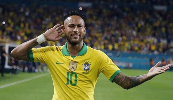Dibanding Messi dan Ronaldo, Neymar Lebih Baik di 100 Laga Bersama Timnas
