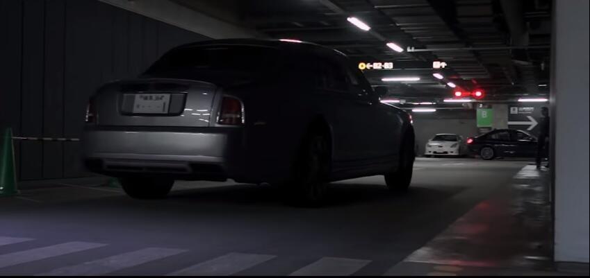 Tega Banget, Pemilik Rolls Royce Ini Ganti Mesin V12 Dengan Mesin Toyota