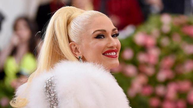 Gwen Stefani, Desainer Cantik yang Menjadi Jadi Ikon Fesyen 2019!
