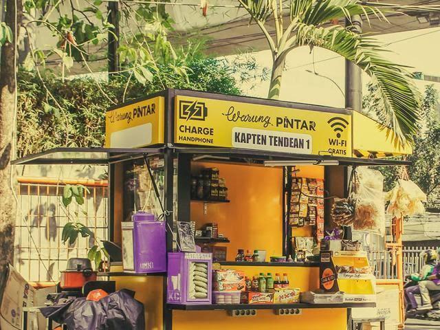Ketika Warung Gerobak Naik Kasta, Dengan Fasilitas Setara Mini Market