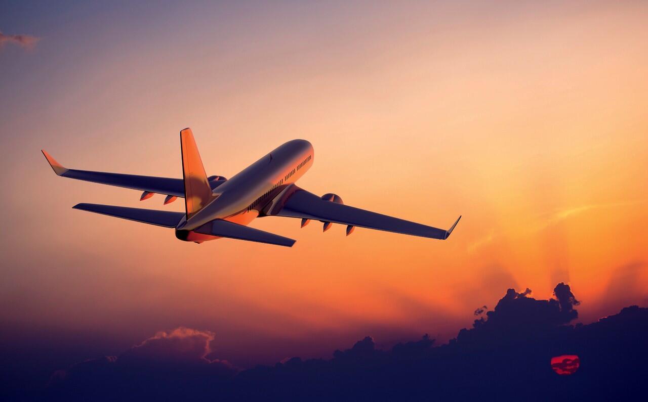 5 Website Terbaik Untuk Pembanding Harga Tiket Pesawat. Dijamin Murah