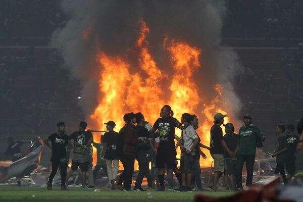 Bikin Api Unggun Di Stadion, Indonesia Masih Layak Jadi Tuan Rumah Piala Dunia?
