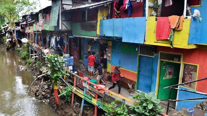 Setelah Lem Aibon, Muncul Anggaran Janggal Penataan Kampung Kumuh