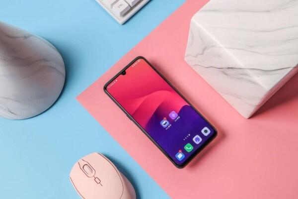 5 Smartphone Vivo dengan Memori RAM Diatas 8 GB, Jumbo!