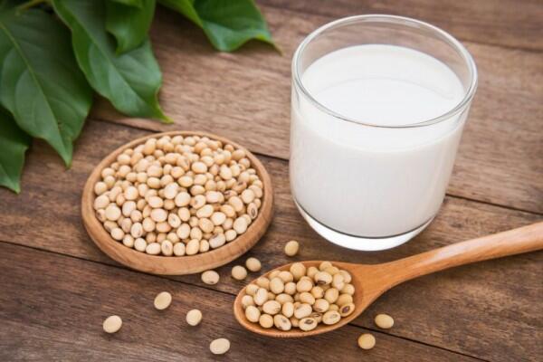 5 Tips Membuat Susu Kedelai Lezat dan Mengenyangkan, Anti Langu!