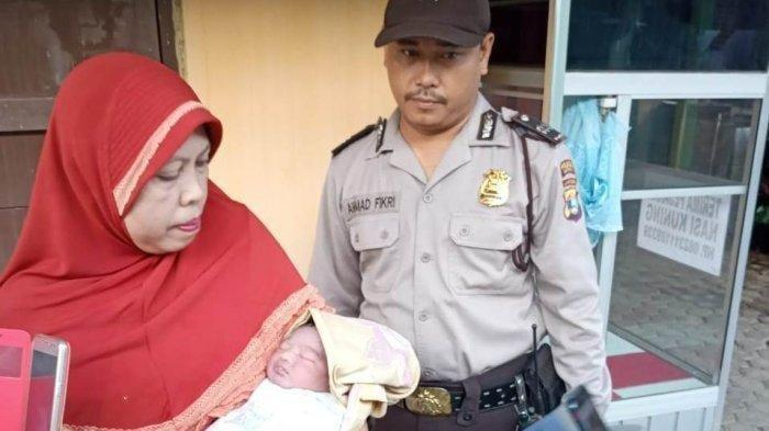 Bayi Perempuan Ditemukan di Etalase Warung Nasi Uduk di Lampung
