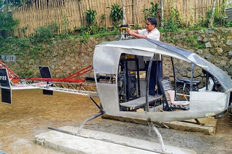 Impian Besar 'Orang Desa' Jujun Junaedi Si Tukang Bubut Pembuat Helikopter