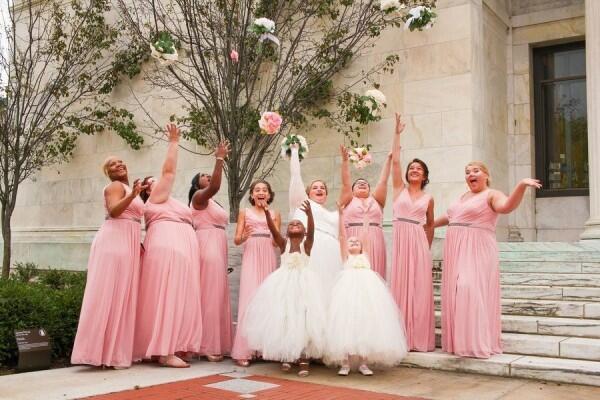 Gak Perlu WO, Ini 6 Tugas yang Bisa Diserahkan ke Bridesmaids