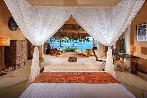 10 Penginapan Tepi Pantai Paling Indah di Indonesia, bak Surga Dunia!