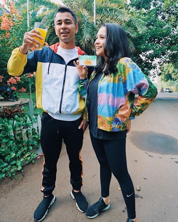 Glamour Hingga Casual, 10 Ide Mix and Match Outer ala Nagita Slavina