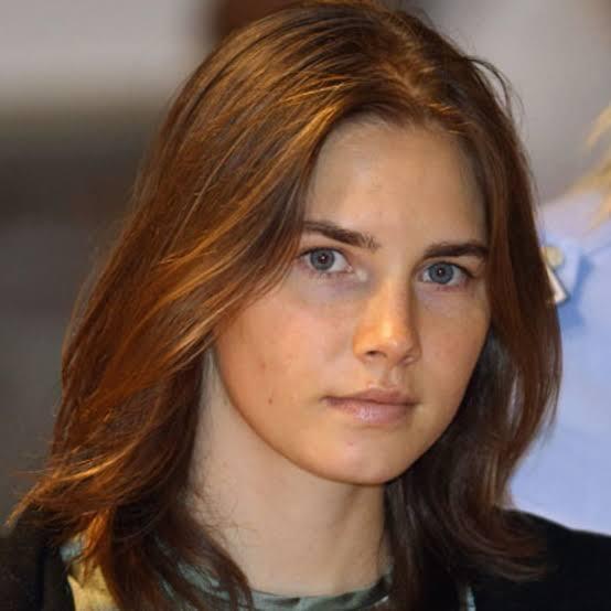 Meski Cantik, 5 Wanita Ini adalah Penjahat Terkenal di Dunia