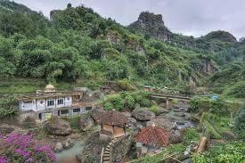 Curug Gunung Putri Tempat Angker Yang Menjadi Ramai