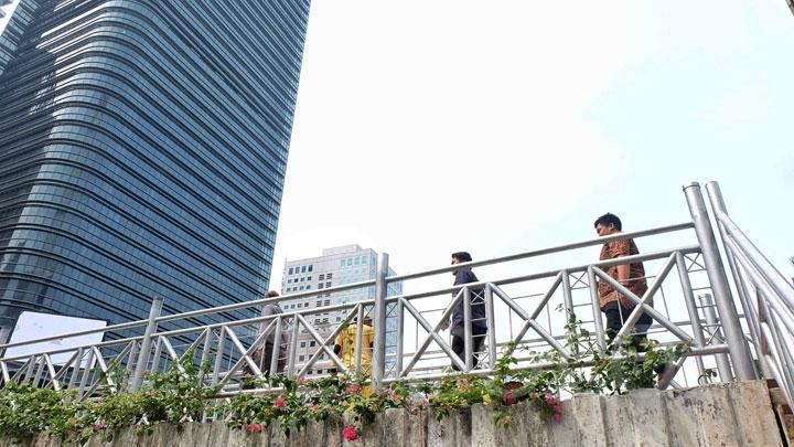 JPO Sudirman Tanpa Atap, Koalisi Pejalan Kaki: Siksaan Baru