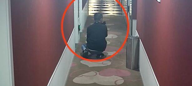 Pria Asal China Ini Suka Merekam Suara Desahan Pasangan Wik Wik di Setiap Kamar Hotel