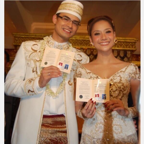 11 Tahun Menikah, 10 Potret Mesra BCL dan Asraf yang Selalu Harmonis