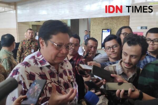 Ketimbang Impor, Airlangga Harap Kementerian Serap Cangkul Lokal