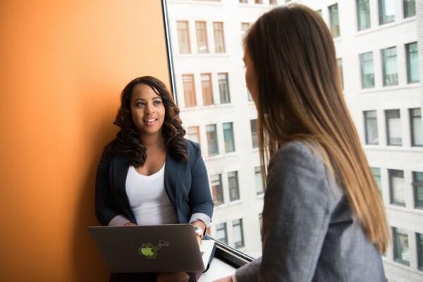 5 Cara Elegan Menghadapi Orang yang Tidak Menyukaimu di Kantor