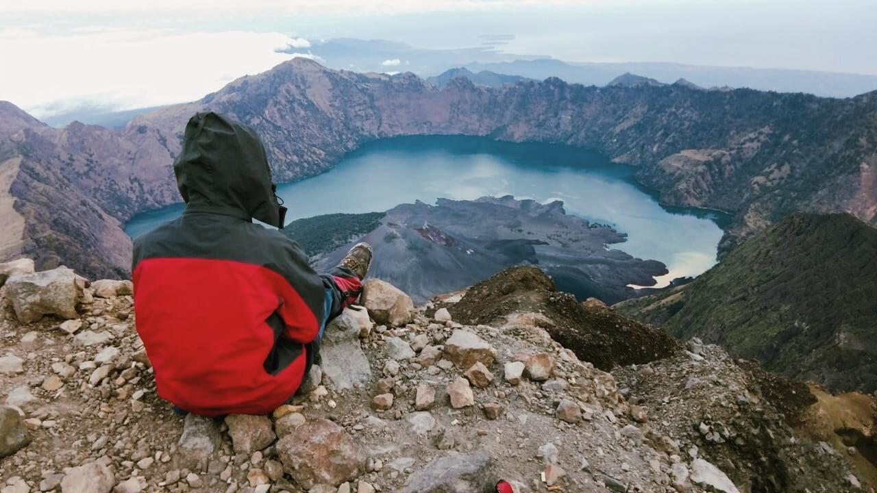 Pasca kebakaran Pendakian Gunung Rinjani kembali dibuka , berikut peraturan barunya