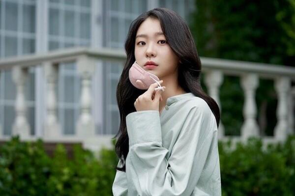 "9 Potret Kim Dami, Partner Park Seo Joon di KDrama ""Itaewon Class"""