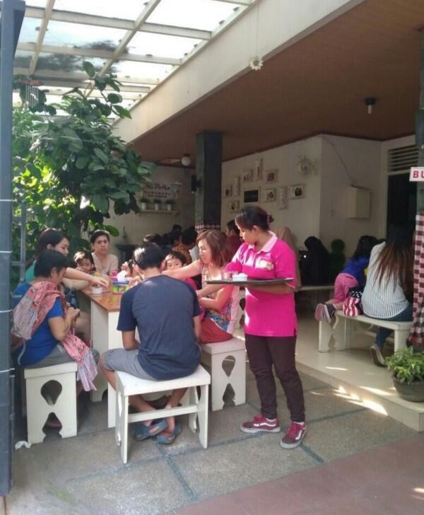 Review Bli Puthu Ice Cream: Kedai Es Krim Terfavorit Warga Kediri!