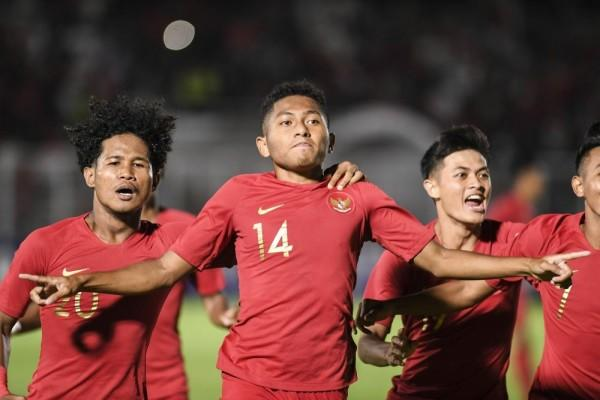 Gilas Hong Kong 4-0, Fakhri Husaini: Timnas U-19 Main Luar Biasa!