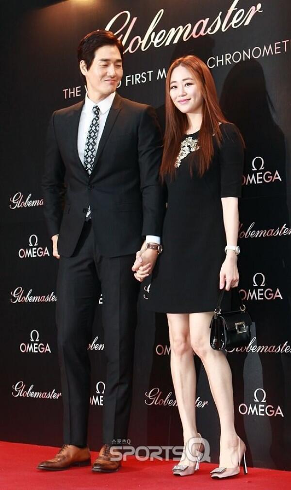 10 Potret Yoo Ji Tae & Istri, Romantis Banget 13 Tahun Bersama