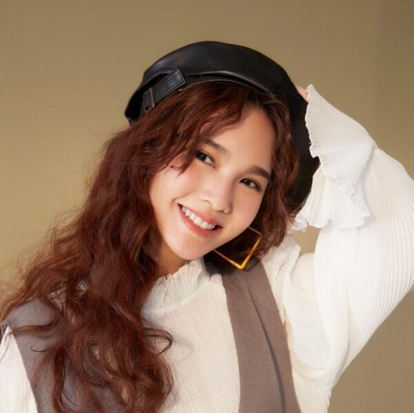 Sudah Berumur 35 Tahun! 10 Pesona Awet Muda Aktris Taiwan, Rainie Yang