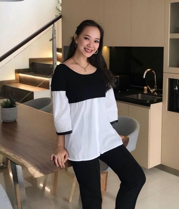 Gaya Ibu Hamil ala Yuanita Christiani, Bisa Pakai T-shirt sampai Gaun