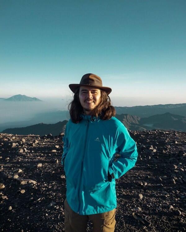 10 PotretDavid John Schaap Saat Menikmati Alam Indonesia, Bikin Iri!