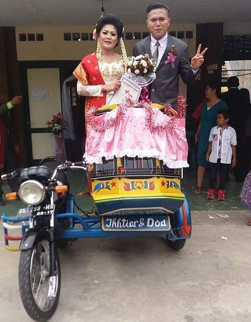 Viral, Moment Pernikahan Absurd dan Bikin Ngakak! Ranjang Rubuh Karena Apa Ya?