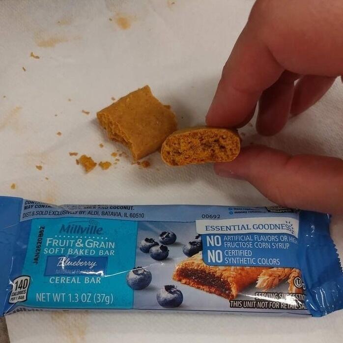 Suka Ngemil? Lihat Penampakan Snack Tidak Sesuai Ekspektasi Ini, Bikin Jengkel Woy!