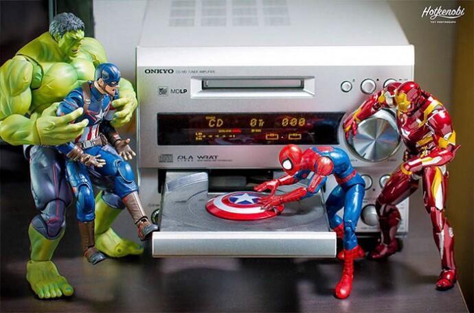 Mainan Patung Action Figur Super Hero Yang Di Buat Jadi Keren Oleh Seniman Jepang