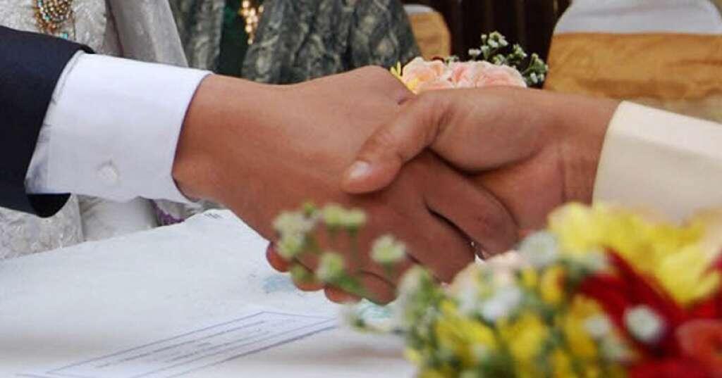 Mempelai Wanita Harus Masih Perawan Jadi Syarat Nikah di Daerah Ini, Agan Minat?
