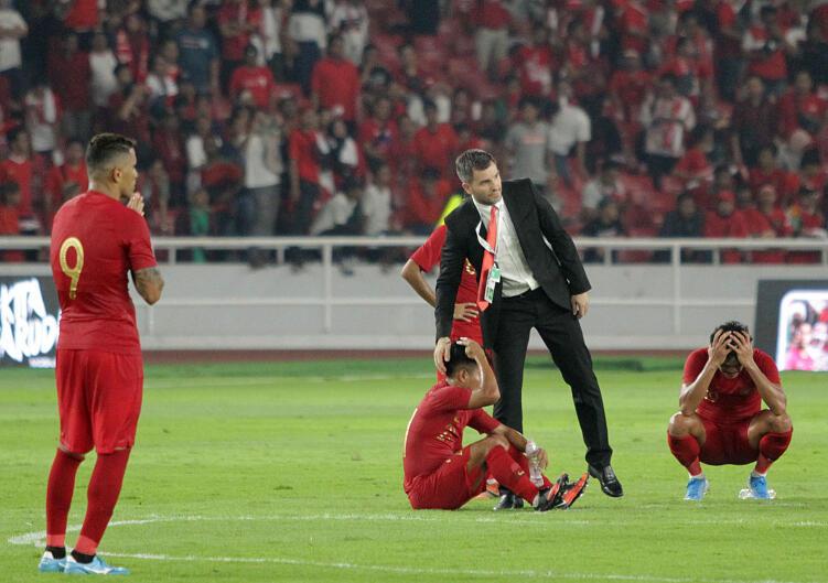 Apa yang Salah dengan Permainan Timnas Senior saat Lawan Malaysia?