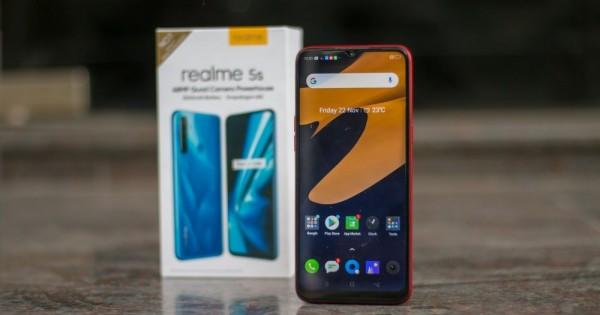 5 Smartphone Terbaru Realme dengan Baterai Jumbo,Tahan Seharian!