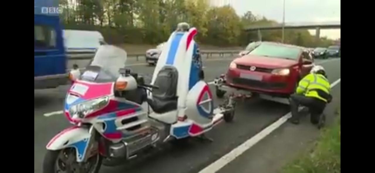 Di Luar Negeri Motor Bisa Jadi Mobil Derek, Indonesia Kapan?