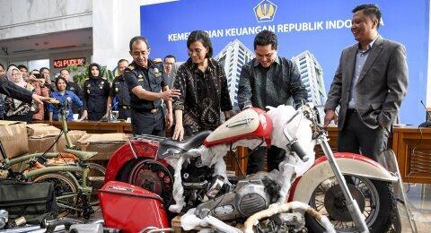 Kasus Garuda Mencuat, Aduan Pramugari ke Hotman Paris Ini Diungkit Lagi