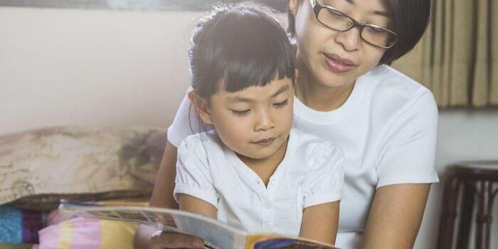 Ajarkan Malu pada anak secara wajar