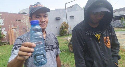 Ngeri, Belasan Anak Kobra Ditemukan di Kloset Warga Kembangan Jakbar